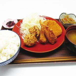 唐揚げ専門店 鶏よし&BLUE SEAL 富山店